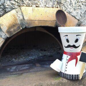 personnage en pot en terre cuite cuisinier